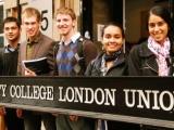 Yurtdışında üniversiteler avantajlı mı?